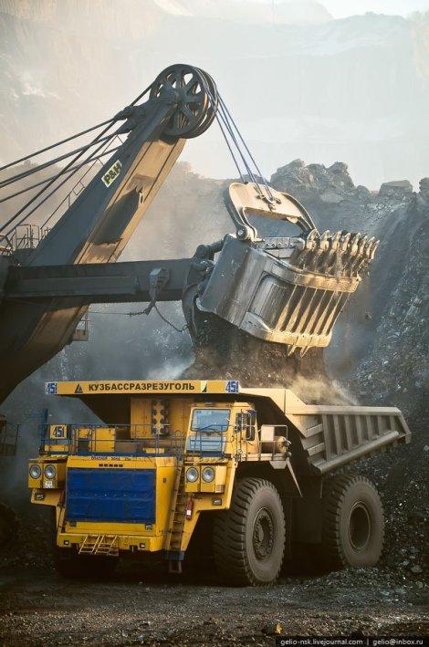 The Biggest Dump Truck