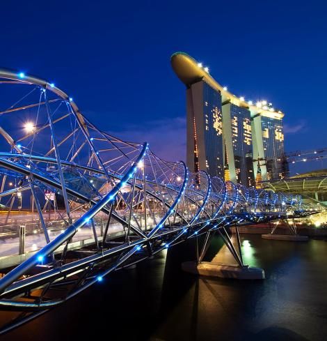 The Helix Bridge , Singapore